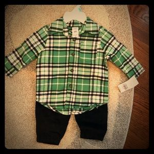Carters 2 pc holiday outfit 6 months